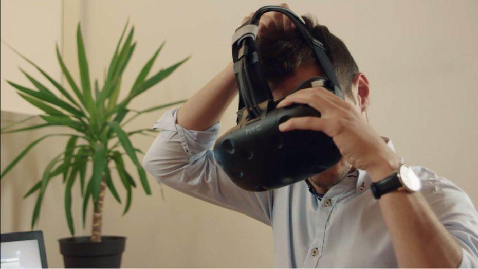 TechViz instantly on a Vive headset